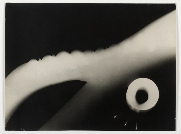 László Moholy-Nagy, »Photogenic Drawing«, 1923